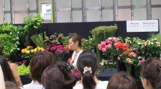 花ギフト|フラワーギフト|誕生日 花|カノシェ話題|スタンド花|ウエディングブーケ|花束|花屋|nikoraisan