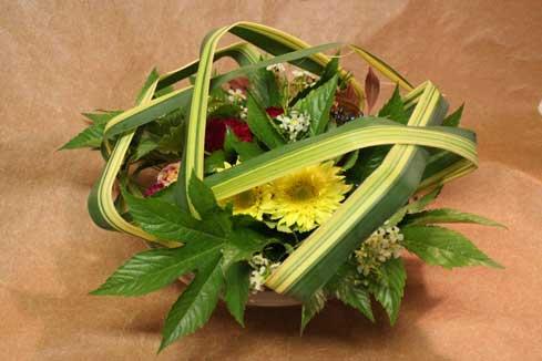 花ギフト フラワーギフト 誕生日 花 カノシェ話題 スタンド花 ウエディングブーケ 花束 花屋 きみえさん パンダナス