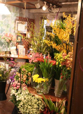 花ギフト|フラワーギフト|誕生日 花|カノシェ話題|スタンド花|ウエディングブーケ|花束|花屋|店内
