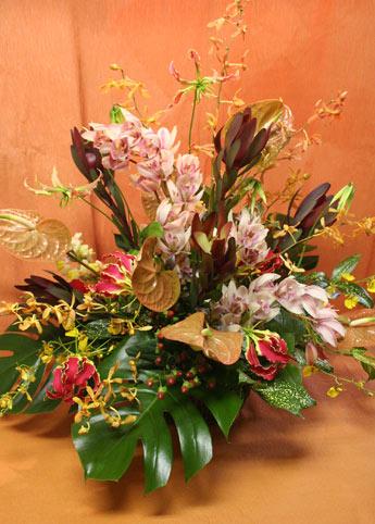 花ギフト フラワーギフト 誕生日 花 カノシェ話題 スタンド花 ウエディングブーケ 花束 花屋 南国