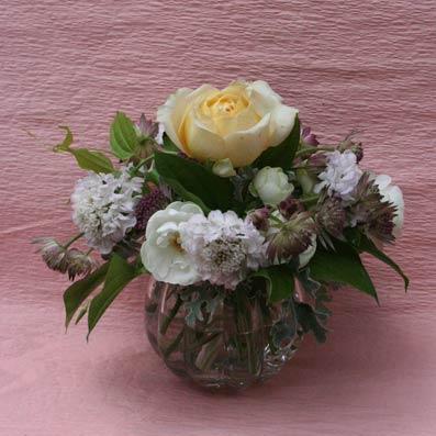 花ギフト|フラワーギフト|誕生日 花|カノシェ話題|スタンド花|ウエディングブーケ|花束|花屋|hosobuchisan-cara