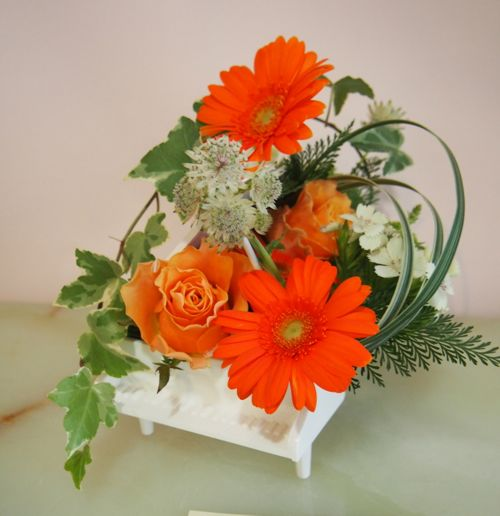 花ギフト|フラワーギフト|誕生日 花|カノシェ話題|スタンド花|ウエディングブーケ|花束|花屋|57249