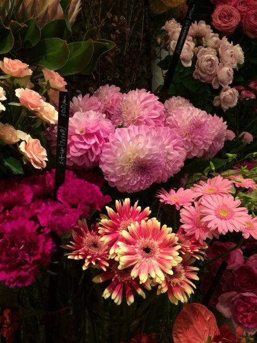 花ギフト|フラワーギフト|誕生日 花|カノシェ話題|スタンド花|ウエディングブーケ|花束|花屋|IMG_7444