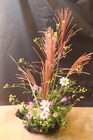 花ギフト|フラワーギフト|誕生日 花|カノシェ話題|スタンド花|ウエディングブーケ|花束|花屋|かずえさん月