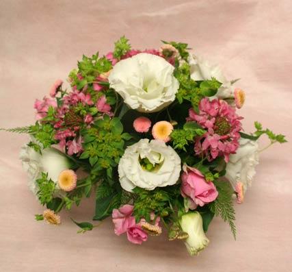 花ギフト フラワーギフト 誕生日 花 カノシェ話題 スタンド花 ウエディングブーケ 花束 花屋 isigurosan