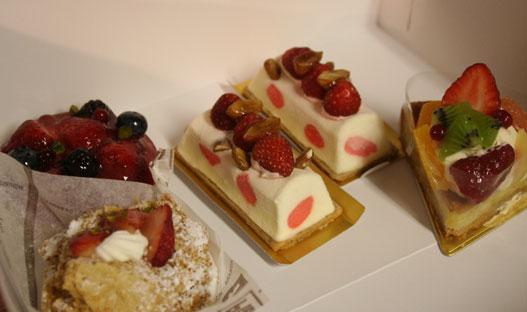 花ギフト|フラワーギフト|誕生日 花|カノシェ話題|スタンド花|ウエディングブーケ|花束|花屋|ケーキ