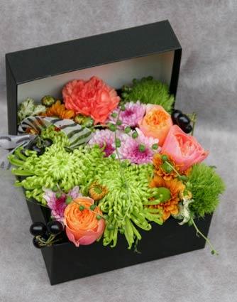 花ギフト フラワーギフト 誕生日 花 カノシェ話題 スタンド花 ウエディングブーケ 花束 花屋 mom1