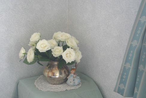花ギフト フラワーギフト 誕生日 花 カノシェ話題 スタンド花 ウエディングブーケ 花束 花屋 ティネケ