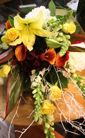 花ギフト|フラワーギフト|誕生日 花|カノシェ話題|スタンド花|ウエディングブーケ|花束|花屋|イエローういん
