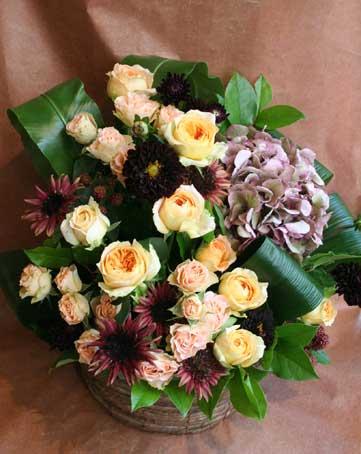 花ギフト|フラワーギフト|誕生日 花|カノシェ話題|スタンド花|ウエディングブーケ|花束|花屋|茶色ひまわり