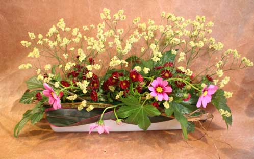 花ギフト|フラワーギフト|誕生日 花|カノシェ話題|スタンド花|ウエディングブーケ|花束|花屋|みねこさん コスモス
