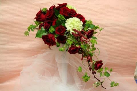 花ギフト|フラワーギフト|誕生日 花|カノシェ話題|スタンド花|ウエディングブーケ|花束|花屋|明治記念館 赤ワイヤー