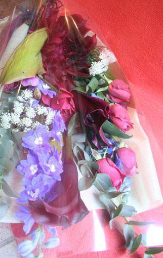 花ギフト|フラワーギフト|誕生日 花|カノシェ話題|スタンド花|ウエディングブーケ|花束|花屋|ブラックティ