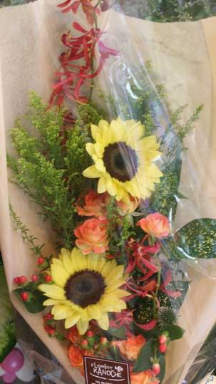 花ギフト|フラワーギフト|誕生日 花|カノシェ話題|スタンド花|ウエディングブーケ|花束|花屋|ヒマワリ