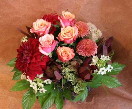 花ギフト|フラワーギフト|誕生日 花|カノシェ話題|スタンド花|ウエディングブーケ|花束|花屋|赤ダリア