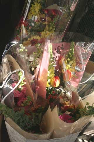 花ギフト|フラワーギフト|誕生日 花|カノシェ話題|スタンド花|ウエディングブーケ|花束|花屋|先生