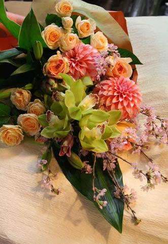 花ギフト|フラワーギフト|誕生日 花|カノシェ話題|スタンド花|ウエディングブーケ|花束|花屋|daria
