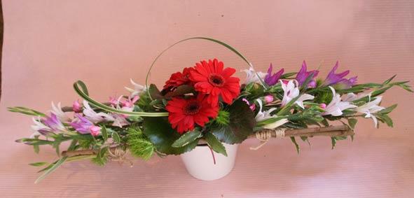 花ギフト フラワーギフト 誕生日 花 カノシェ話題 スタンド花 ウエディングブーケ 花束 花屋 IMG_7297