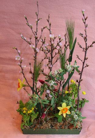 花ギフト|フラワーギフト|誕生日 花|カノシェ話題|スタンド花|ウエディングブーケ|花束|花屋|えみこさん水仙