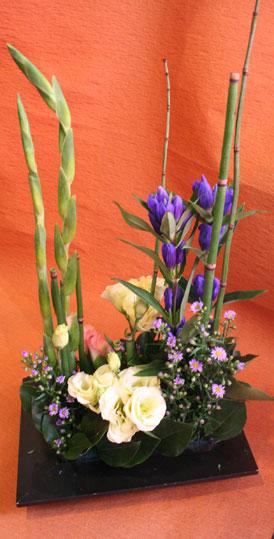 花ギフト|フラワーギフト|誕生日 花|カノシェ話題|スタンド花|ウエディングブーケ|花束|花屋|きみえさん りんどう
