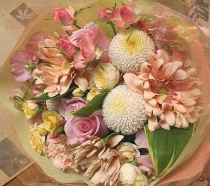 花ギフト|フラワーギフト|誕生日 花|カノシェ話題|スタンド花|ウエディングブーケ|花束|花屋|冬の