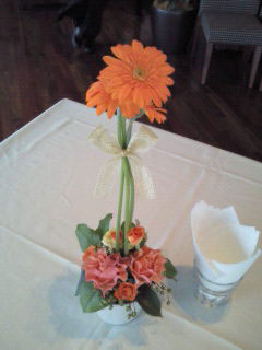花ギフト|フラワーギフト|誕生日 花|カノシェ話題|スタンド花|ウエディングブーケ|花束|花屋|201110021530001-1