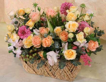 花ギフト フラワーギフト 誕生日 花 カノシェ話題 スタンド花 ウエディングブーケ 花束 花屋 お見舞い