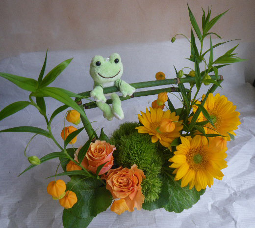 花ギフト|フラワーギフト|誕生日 花|カノシェ話題|スタンド花|ウエディングブーケ|花束|花屋|けろた さ