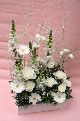 花ギフト|フラワーギフト|誕生日 花|カノシェ話題|スタンド花|ウエディングブーケ|花束|花屋|SIROBOX