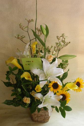 花ギフト|フラワーギフト|誕生日 花|カノシェ話題|スタンド花|ウエディングブーケ|花束|花屋|白き色