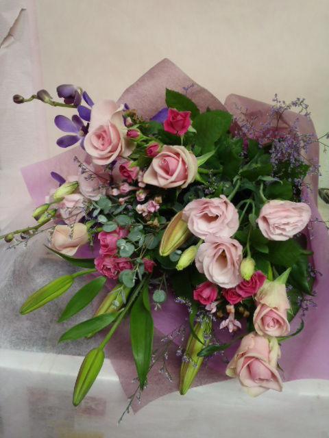 花ギフト|フラワーギフト|誕生日 花|カノシェ話題|スタンド花|ウエディングブーケ|花束|花屋|19347