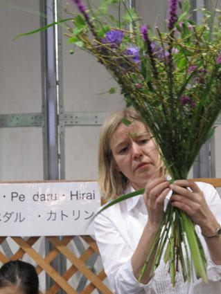 花ギフト|フラワーギフト|誕生日 花|カノシェ話題|スタンド花|ウエディングブーケ|花束|花屋|riyatorisu