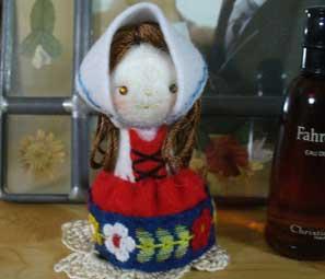 花ギフト|フラワーギフト|誕生日 花|カノシェ話題|スタンド花|ウエディングブーケ|花束|花屋|人形2