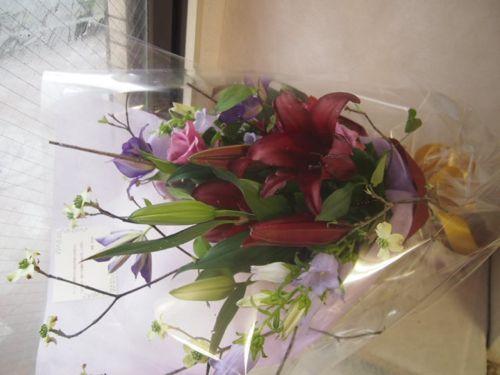 花ギフト|フラワーギフト|誕生日 花|カノシェ話題|スタンド花|ウエディングブーケ|花束|花屋|47003