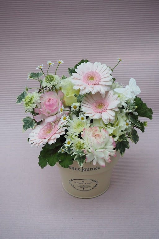 花ギフト|フラワーギフト|誕生日 花|カノシェ話題|スタンド花|ウエディングブーケ|花束|花屋|okuyami_a_cute