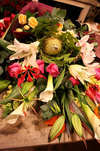 花ギフト|フラワーギフト|誕生日 花|カノシェ話題|スタンド花|ウエディングブーケ|花束|花屋|はなたばりえ