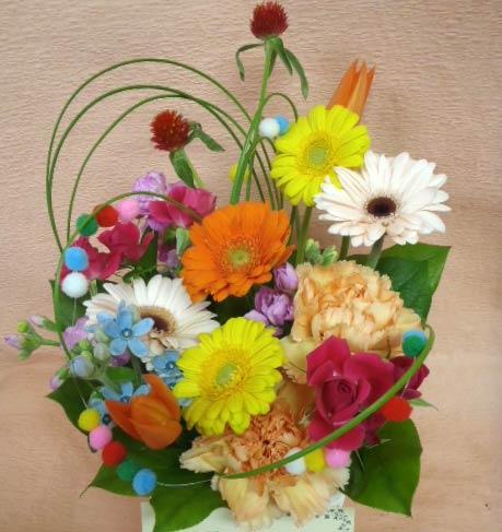 花ギフト フラワーギフト 誕生日 花 カノシェ話題 スタンド花 ウエディングブーケ 花束 花屋 BONBON
