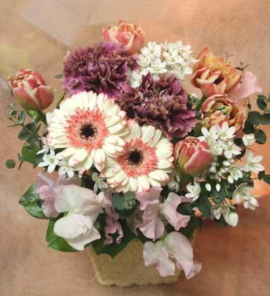 花ギフト|フラワーギフト|誕生日 花|カノシェ話題|スタンド花|ウエディングブーケ|花束|花屋|タムカーネ