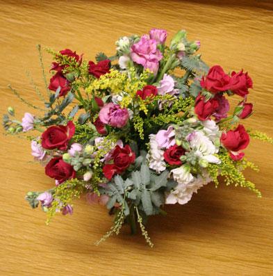 花ギフト|フラワーギフト|誕生日 花|カノシェ話題|スタンド花|ウエディングブーケ|花束|花屋|えみこさんはなたば11