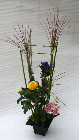 花ギフト|フラワーギフト|誕生日 花|カノシェ話題|スタンド花|ウエディングブーケ|花束|花屋|ikesasan-ojyousan