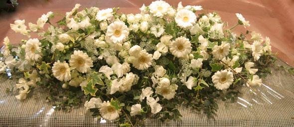 花ギフト|フラワーギフト|誕生日 花|カノシェ話題|スタンド花|ウエディングブーケ|花束|花屋|メイン卓
