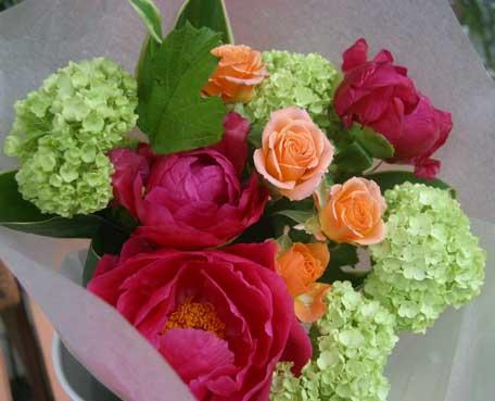 花ギフト|フラワーギフト|誕生日 花|カノシェ話題|スタンド花|ウエディングブーケ|花束|花屋|しゃくやく