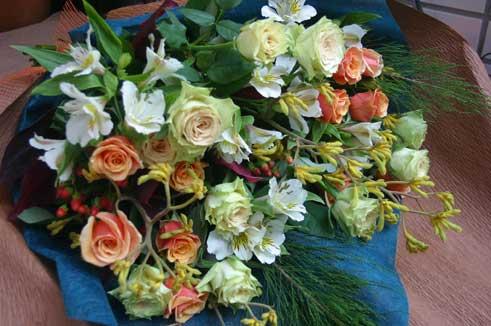 花ギフト フラワーギフト 誕生日 花 カノシェ話題 スタンド花 ウエディングブーケ 花束 花屋 カメレオン