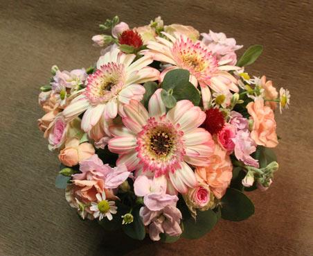 花ギフト|フラワーギフト|誕生日 花|カノシェ話題|スタンド花|ウエディングブーケ|花束|花屋|ふるたちさん