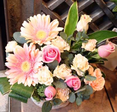 花ギフト|フラワーギフト|誕生日 花|カノシェ話題|スタンド花|ウエディングブーケ|花束|花屋|秋ちゃんピンク