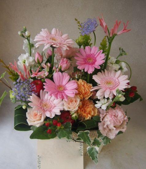 花ギフト|フラワーギフト|誕生日 花|カノシェ話題|スタンド花|ウエディングブーケ|花束|花屋|51916
