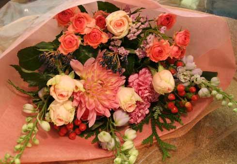 花ギフト フラワーギフト 誕生日 花 カノシェ話題 スタンド花 ウエディングブーケ 花束 花屋 ダリア