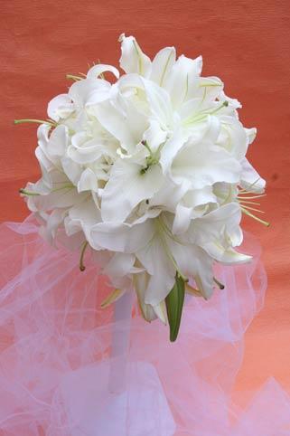 花ギフト|フラワーギフト|誕生日 花|カノシェ話題|スタンド花|ウエディングブーケ|花束|花屋|椿山荘 ユリのみ