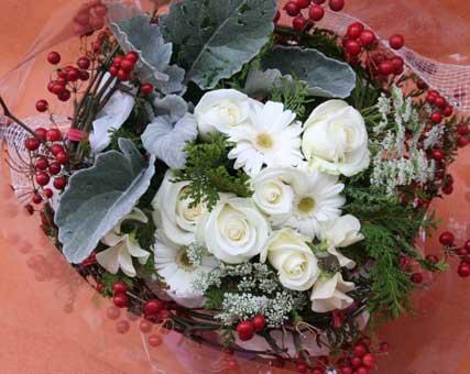 花ギフト|フラワーギフト|誕生日 花|カノシェ話題|スタンド花|ウエディングブーケ|花束|花屋|おまかせ