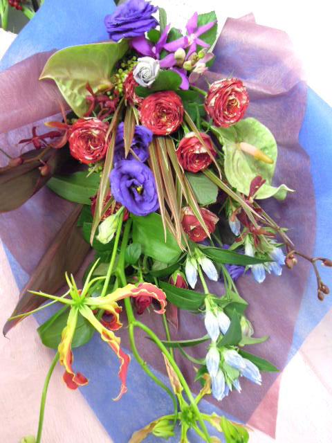 花ギフト|フラワーギフト|誕生日 花|カノシェ話題|スタンド花|ウエディングブーケ|花束|花屋|あゆみ花束